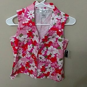 Pretty floral shirt